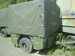 försvarets överskottslager fordon