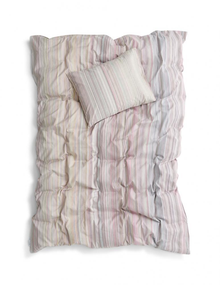 Duvet Cover Leftover Yarn Rosa