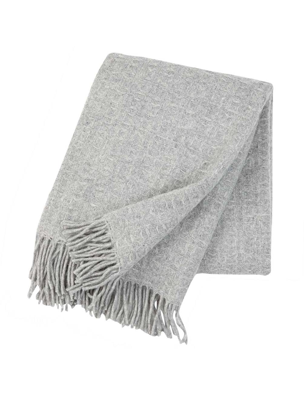 Twist Light Grey Blanket/Throw