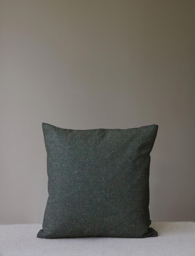 Retreat Cushion Oxide green