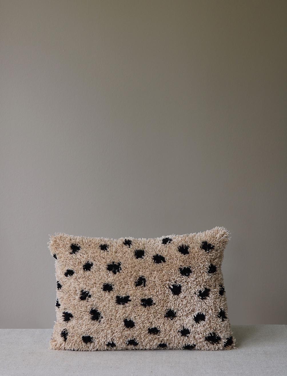Bibi Cushion Beige 30x50cm