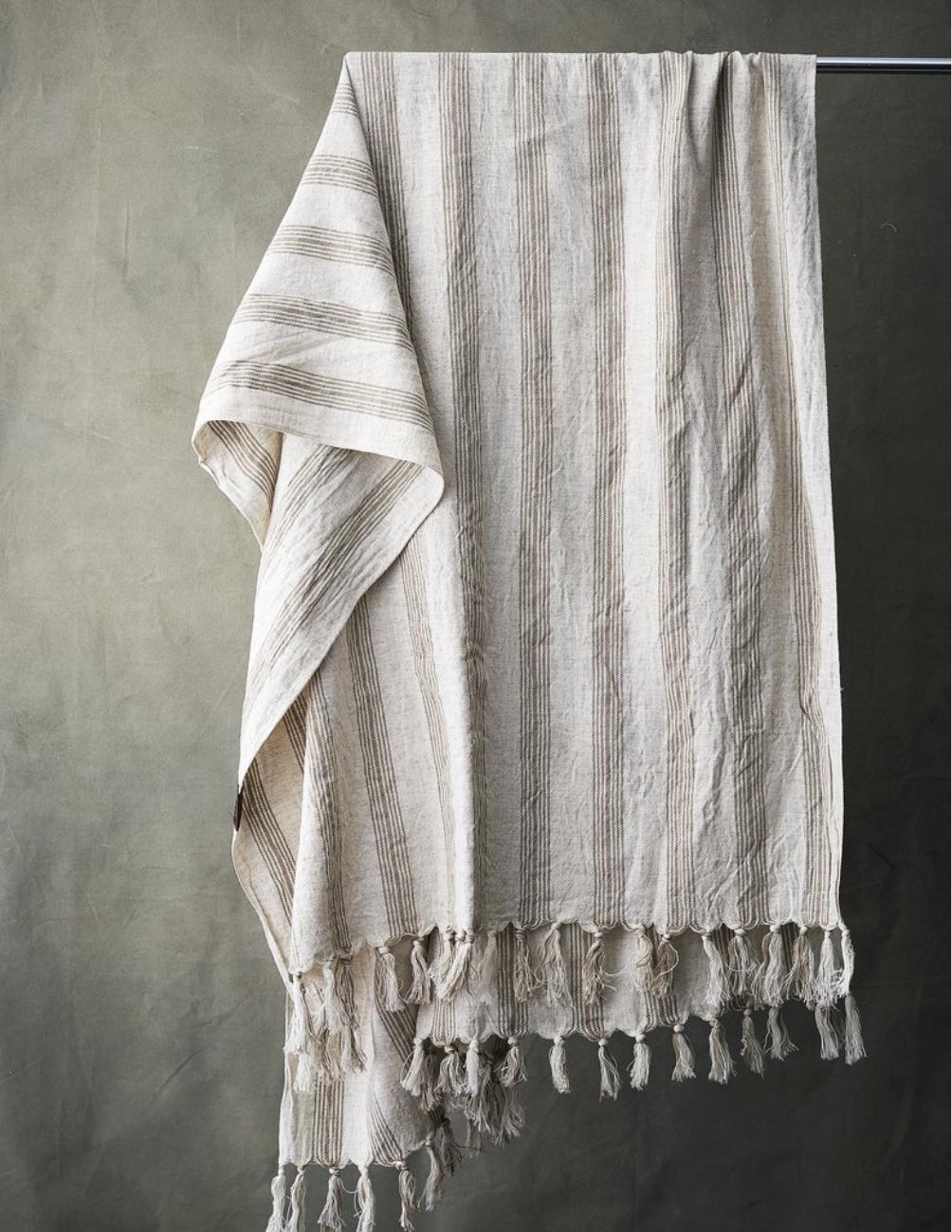 Delicate Striped Hamam
