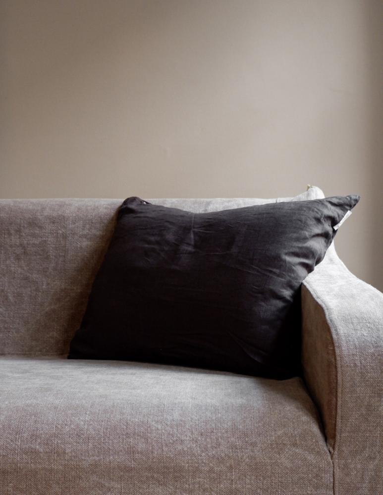 Cushion Linen Dark Brown