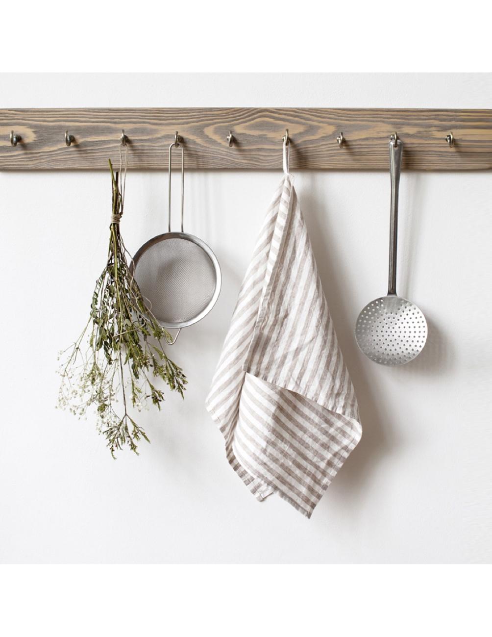 Handgjord kökshandduk linne randigt vitt och natur Linen Tales