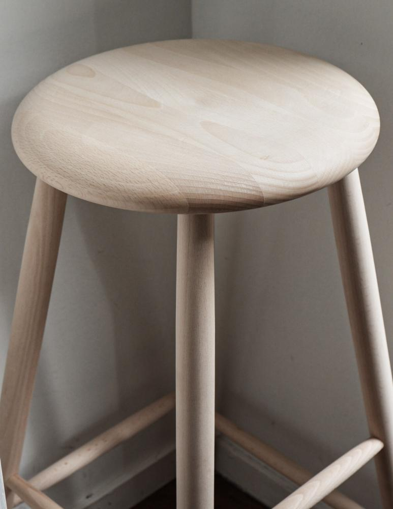 Stool Untreated Beech