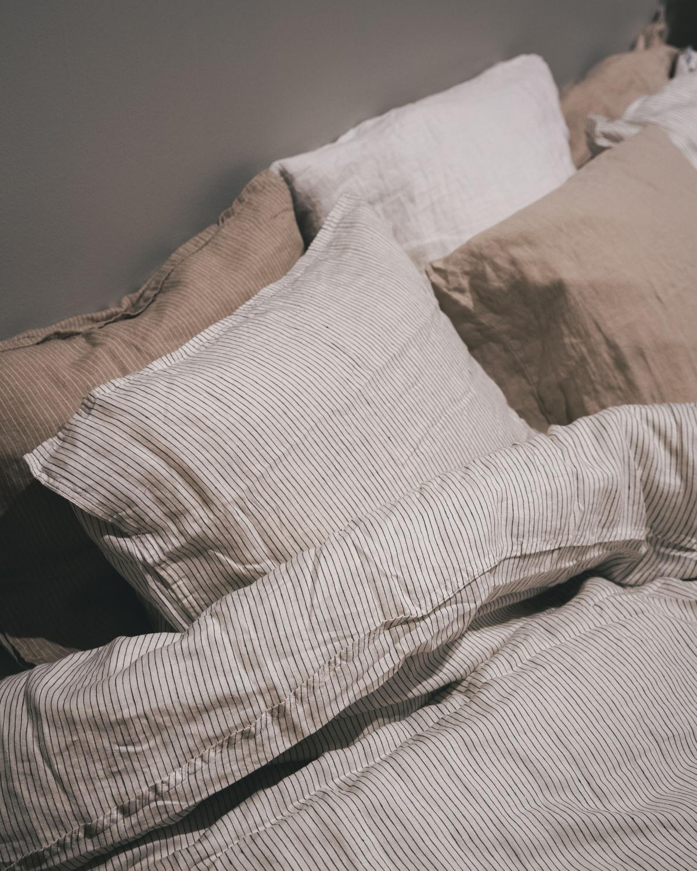 Duvet Cover Set Linen Pinstripe White/Grey