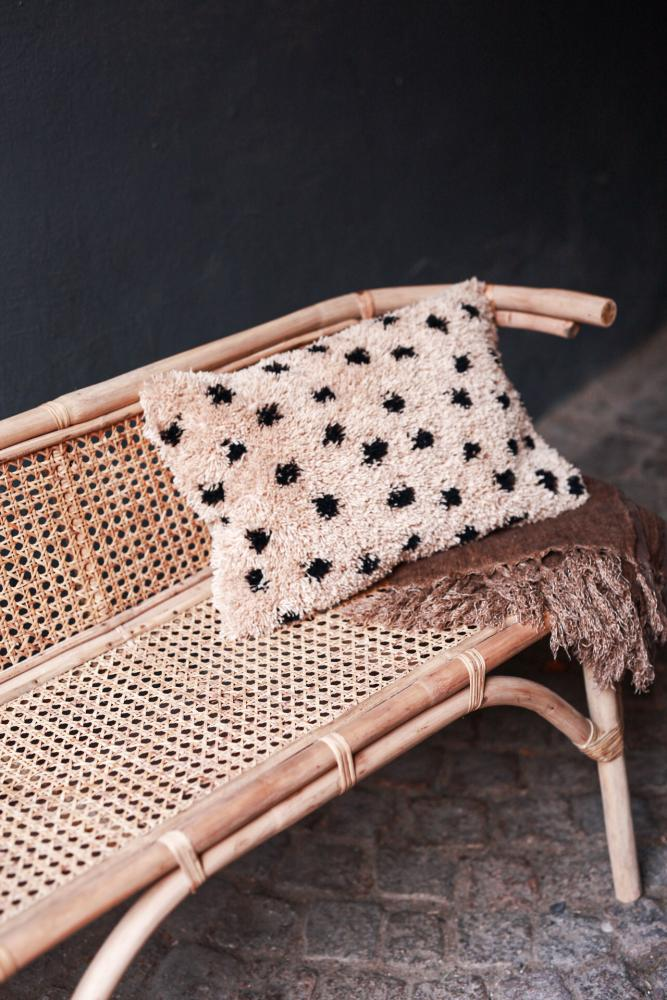 Sofa in rattan