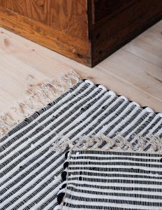 Recycled Rug Black/white