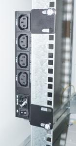 """19"""" vinkelkonsoller för vertikal montering av Netio 4C"""