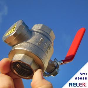 Filterventil med magnet som har avstängningsventil som fångar upp smuts och magnetit