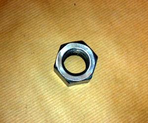 Svänghjulsmutter O1-011-02-021-022