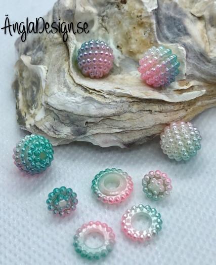 Bär pärla/berry beads blå/turkos/rosa/vit 10mm acryl, 5-pack