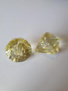 """Prisma stor """"Änglakropp"""" citrongul i acryl 1st"""