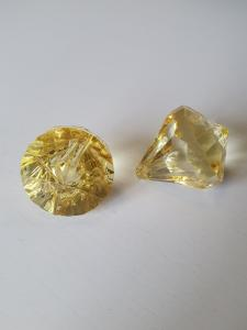 "Prisma stor ""Änglakropp"" gul i acryl 1st"