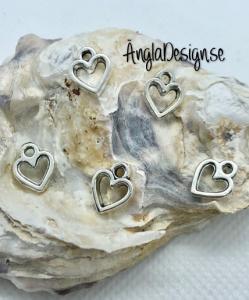 Berlock litet hjärta siluett i antiksilver, 5-pack
