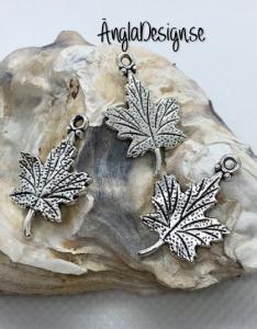 Berlock vackert löv dubbelsidigt i antiksilver, 3-pack