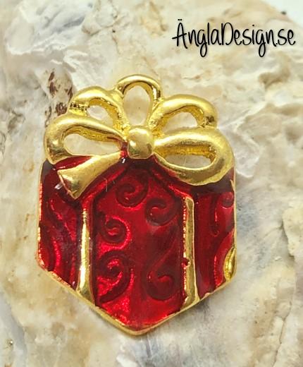 Berlock rött paket emaljerad, guldfärg pläterad, 1st