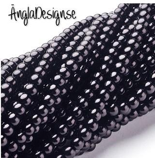 Vaxade glaspärlor 4mm, svart 1 sträng