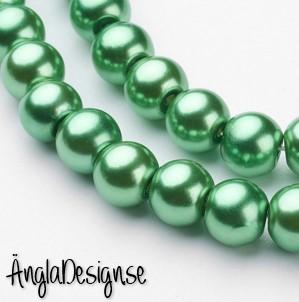 Vaxade glaspärlor 8 mm, grön 1 sträng