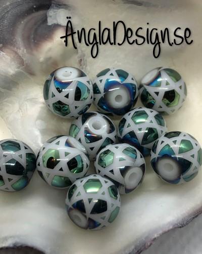 Glaspärla 8mm rund med stjärnmönster grön ,10-pack