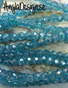 Glaspärla rund facetterad 4mm ljusblå med AB lyster, 1 sträng