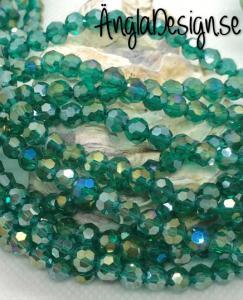 Glaspärla rund facetterad 6mm emerald med AB lyster, 1 sträng