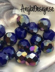 Glaspärla rund facetterad 8mm blåoljiga , 20-pack