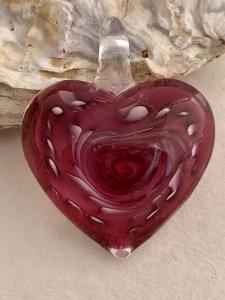 Glashänge handgjort hjärta mörk rosa 1st