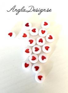 Acryl hjärtan vit/röda 20-pack