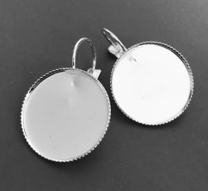 Örhängesram 20mm ljust silver med små taggar i kanten, 1par