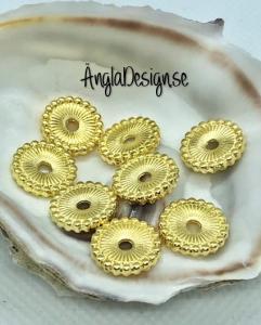 Mellandel stor daisy 12mm guldfärg, 10-pack
