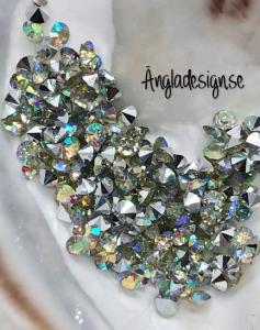 Resin Rhinestone diamantformad 2mm klar AB, ca 100-pack