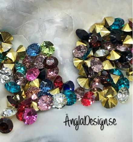 Resin Rhinestone diamantformad 3mm färgmix, ca 100-pack