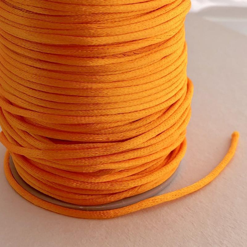 Satintråd/rattail orange 2mm 1meter