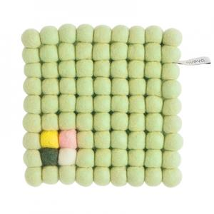 TRIVET, SQUARE, pale green