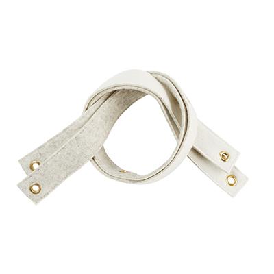 Shelf bracket in wool - White