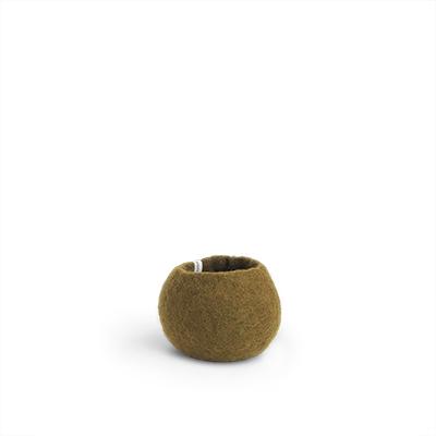 Liten rund olivgrön kruka av ull.