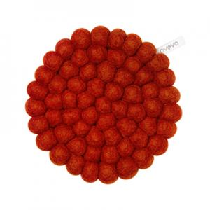Round handmade trivet made of 100% wool - Rust.