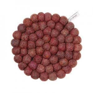 Round handmade trivet made of 100% wool - Berry.