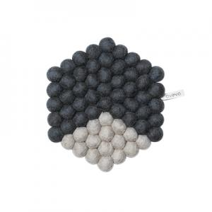 Hexagon shaped trivet in 100% wool - grey