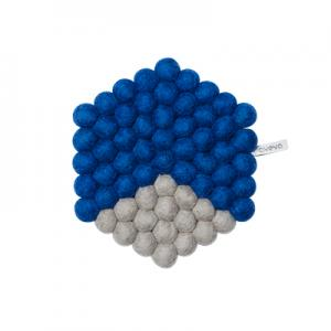 Hexagon shaped trivet made of 100% wool - Blue and grey.
