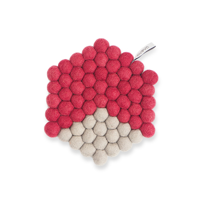 Hexagon shaped trivet made of 100% wool - Cherry red and grey.