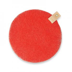 Round seat cushion in coral wool with a hanger in eco leather.