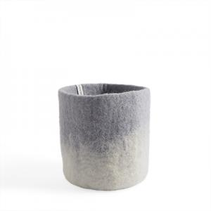 Medium size flower pot in concrete grey made of wool with ombre effect.