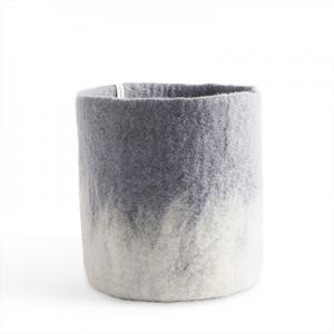 Large flower pot in concrete grey made of wool with ombre effect.