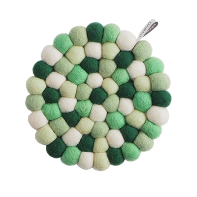Round handmade trivet made of 100% wool - Mixed green colors.