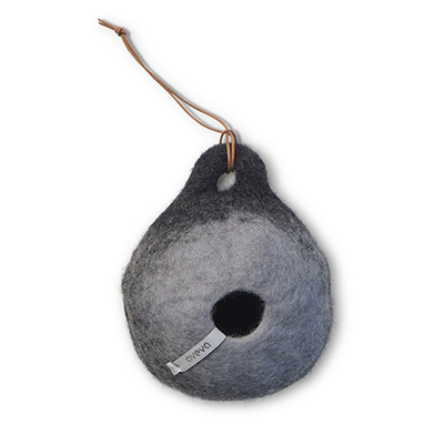 Bird house in dark grey made of 100% wool.