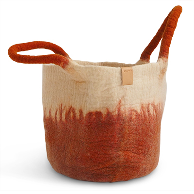 Large wool basket in white and rust with ombre effect.