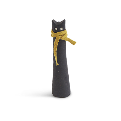 Cat made of raw stoneware. Black cat with a scarf around the neck.