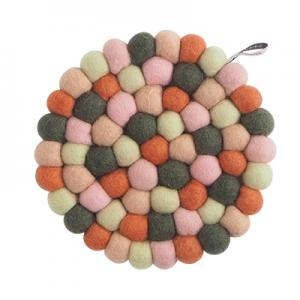 Round handmade trivet made of 100% wool - Mixed playful colors.